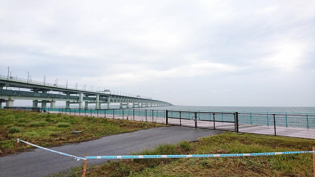 橋を渡れば関西国際空港